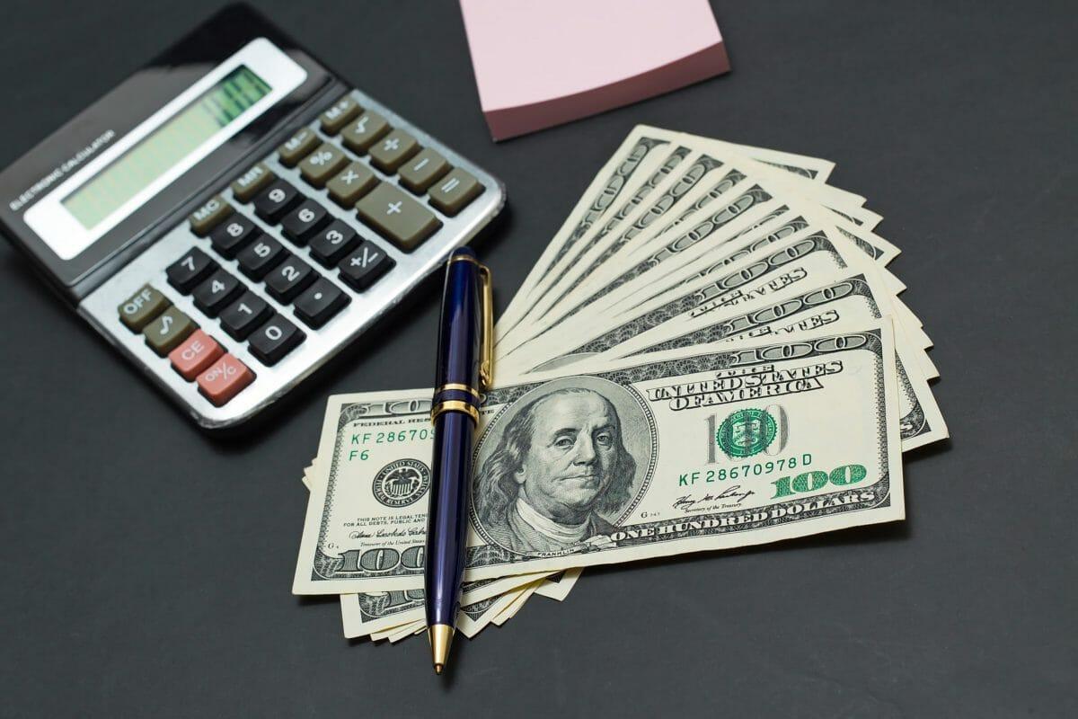 Calculating-money-421139-scaled
